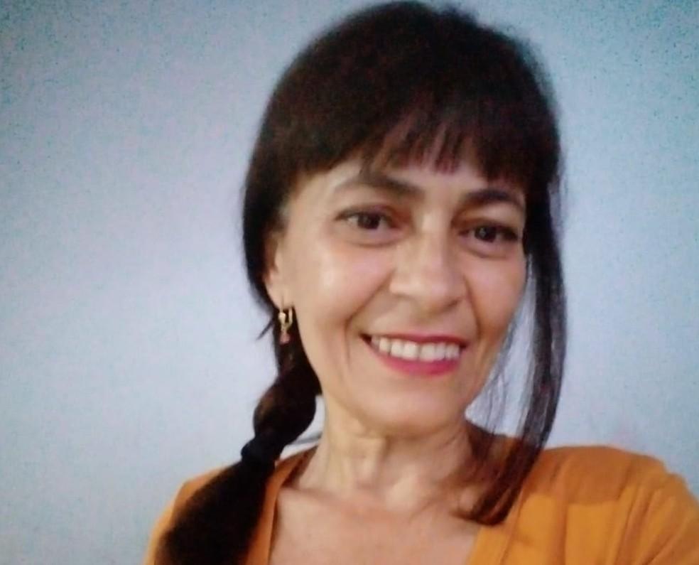 A diarista Lizete Pereira conta que ainda está trabalhando menos do que gostaria e que está aceitando receber menos para não ficar sem renda. — Foto: Arquivo pessoal